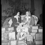 Christmas gifts for foreign students, Storrs, 1945
